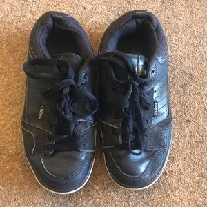Dvs boys sneakers